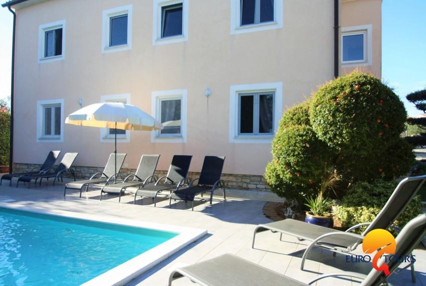 EUROTOURS VILLAS | Appartamento Maja I con 2 Camere da letto con ...