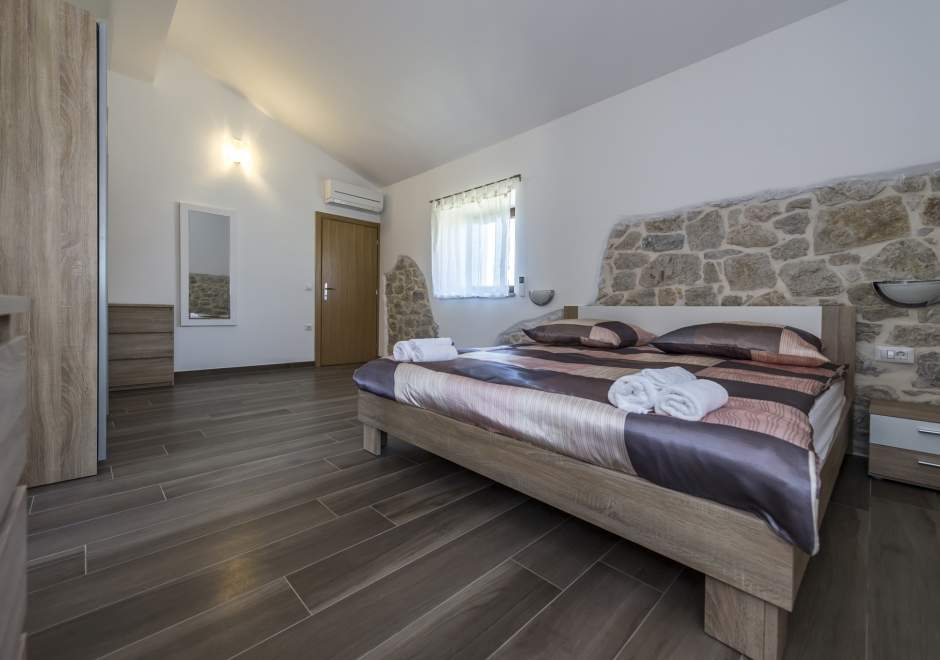 Spacious Four-Bedroom Villa Marija Kloštar