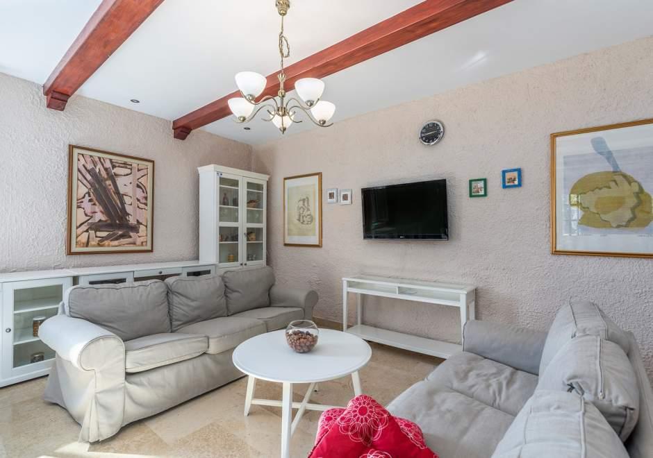 Istrian House Peresiji - Two Bedroom Apartment AUA