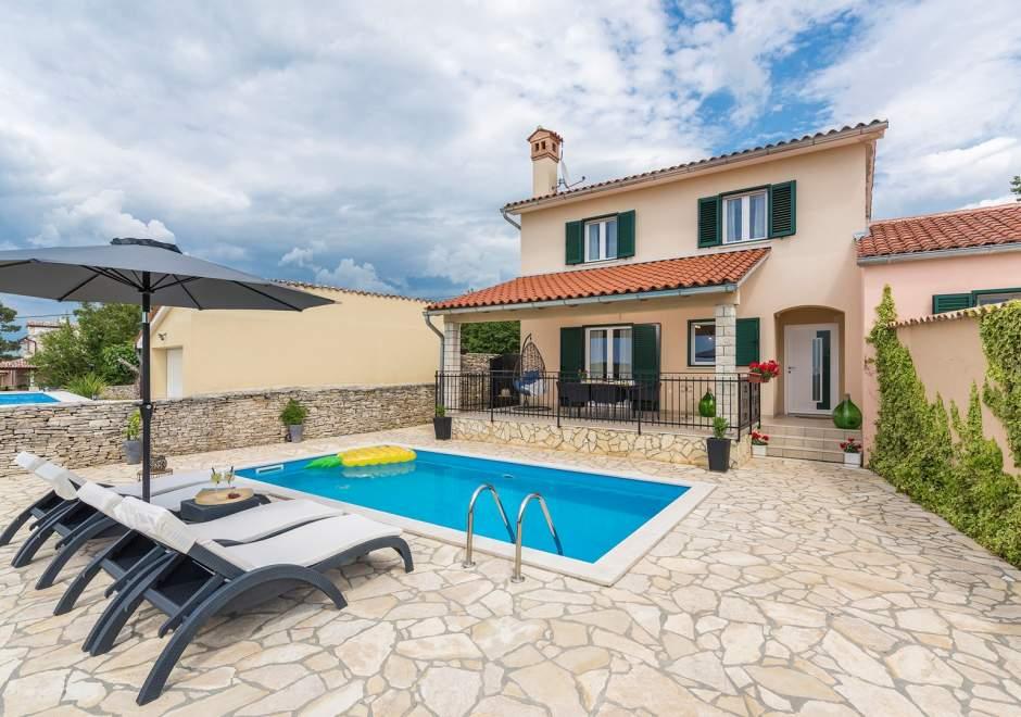 Villa Grguci with private pool - Kanfanar