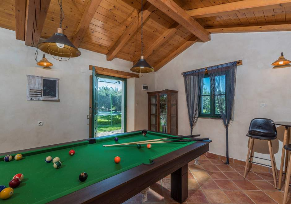 Unique Stone Villa Luna with Private Pool, Whirlpool and Fenced Garden