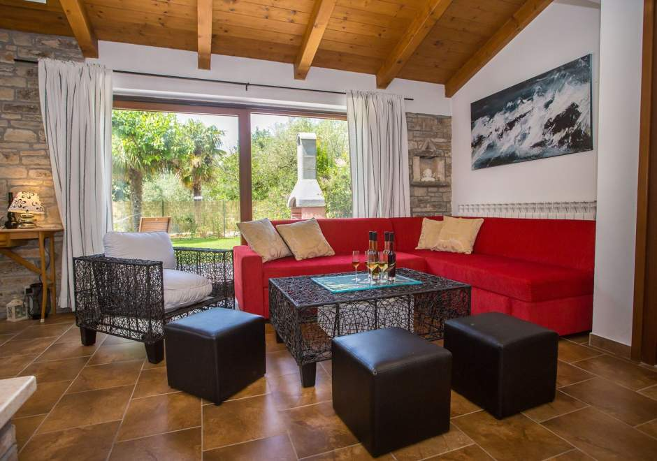 Villa Marina in Vosteni with Beautifully Garden, Pool and Whirlpool