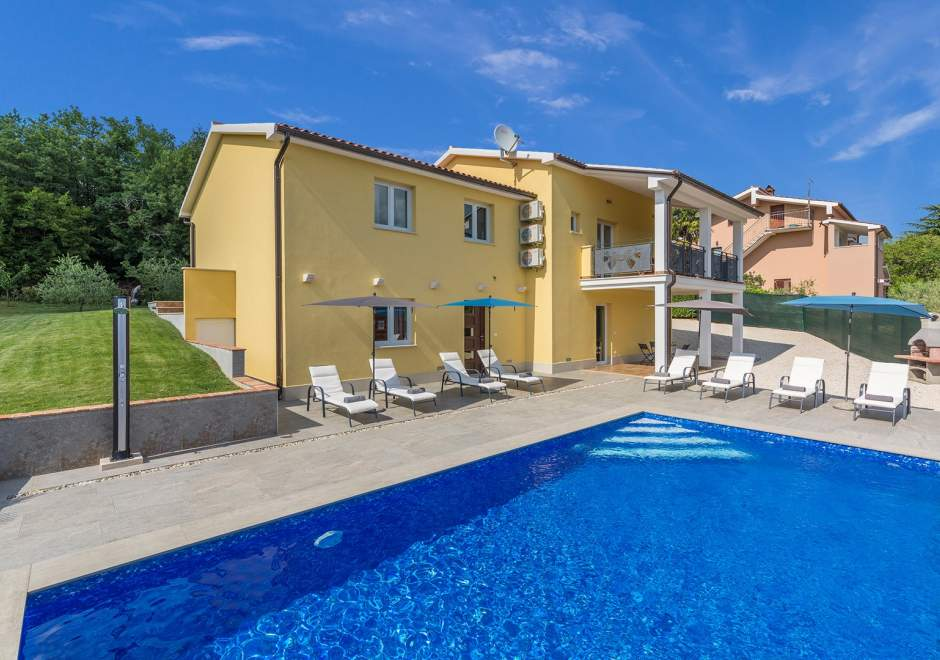 Comfortable Villa Zupan with Private Pool