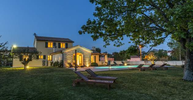 Villa Anita in Hrboki with Private Pool and Fenced Garden - Barban