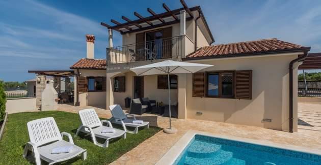Villa Steffanie near the beach