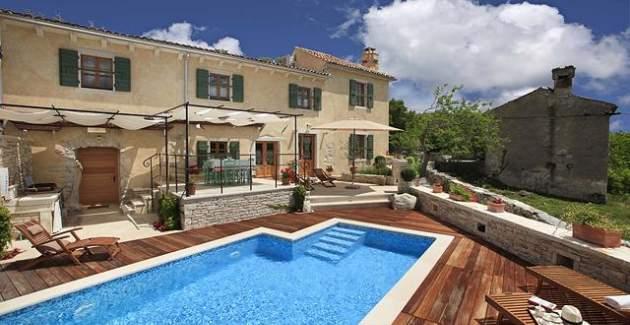 Villa Gelci mit beheiztem Pool - Ziel