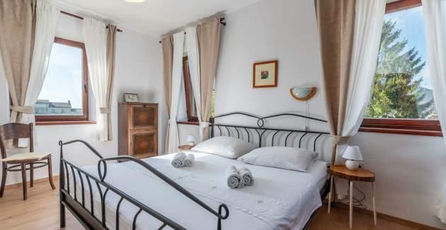 Istrian House Peresiji - Three Bedroom Apartment AUB