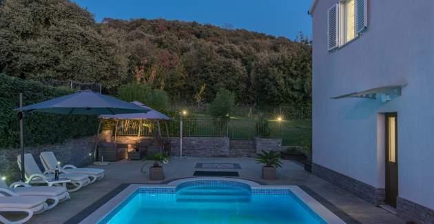 Villa Cvek - 150 m from the sea - private pool - Rovinj
