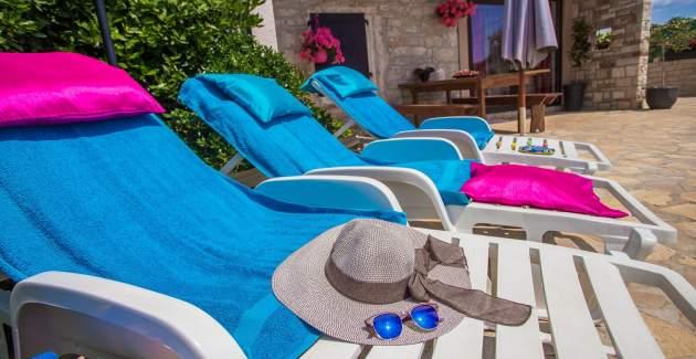 Ferienhaus Marinela mit Privat Pool und Garten