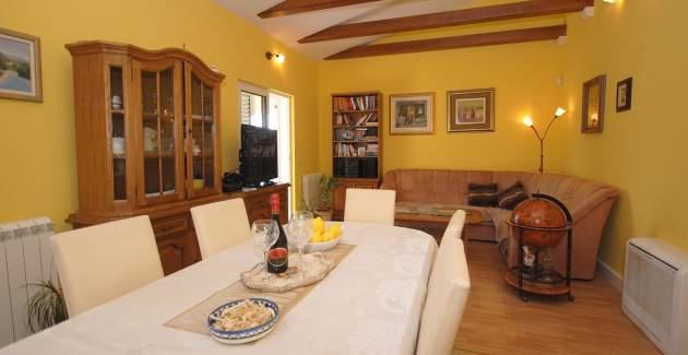 Extraordinary Villa Marija in Kastela