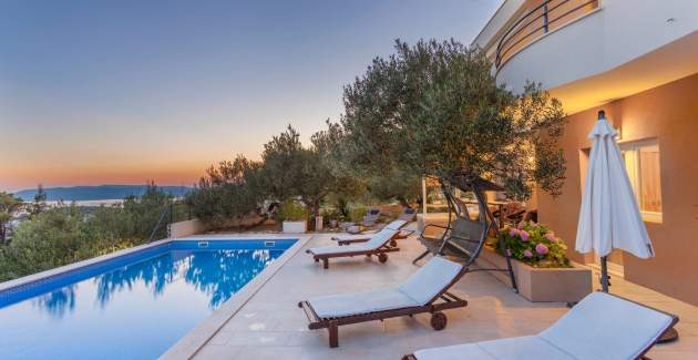 Villa Arija in Makarska with private pool