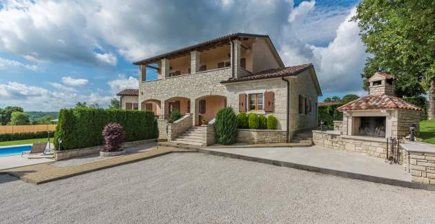 Modern Villa Vernier with Pool, Jacuzzi and Large Garden