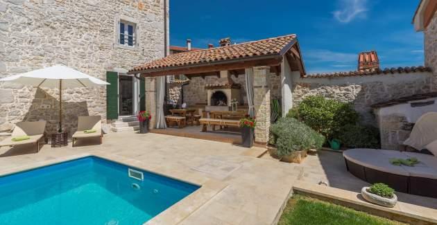 Beautiful Stone House - Villa Parentium with Private Pool
