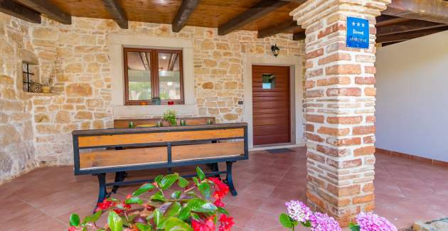 Stone house Casa Ghedda with Private Pool and Garden