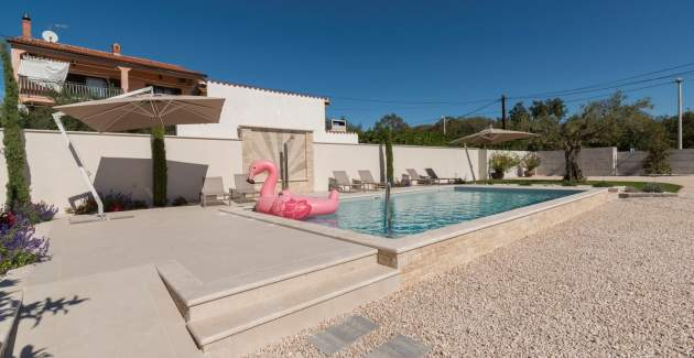 Villa Rosa with Private Pool, near Kanegra beach