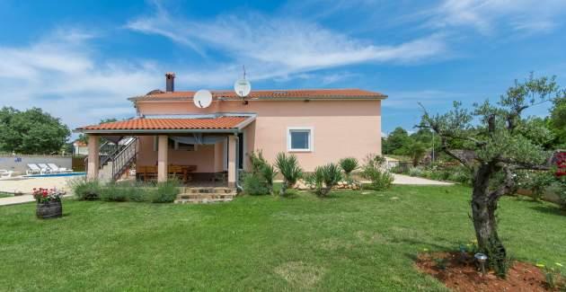 Pleasant Villa Angelina with Private Pool