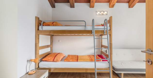 Two-Bedroom Apartment Zora in Villa Anja