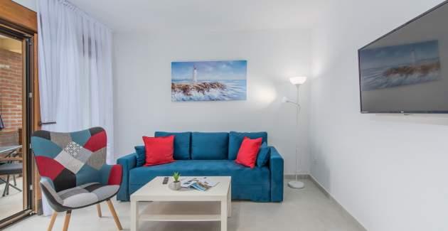 Apartment Hana IV with Balcony
