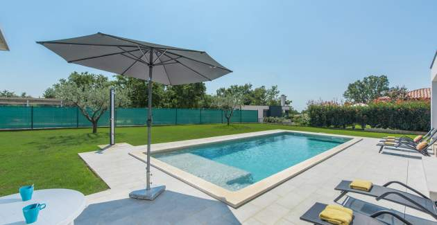 Modern Villa Gina with Private Pool