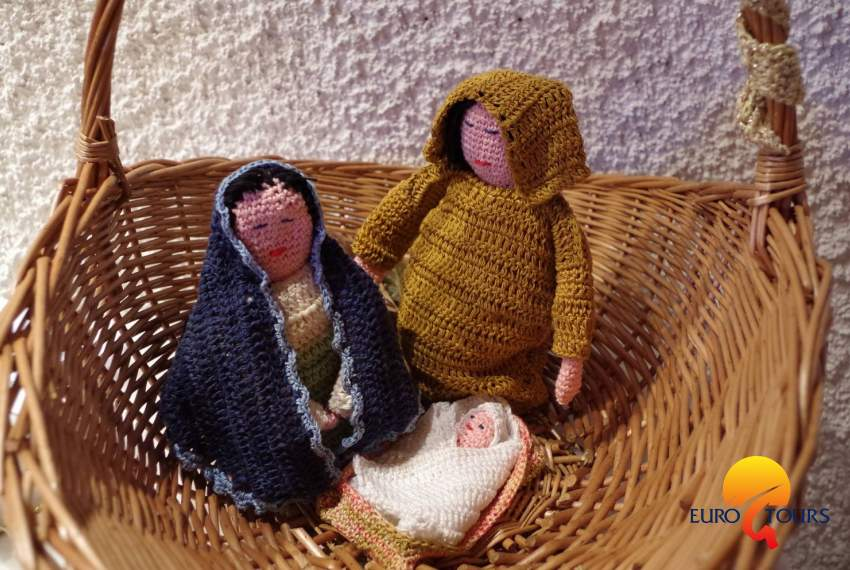 Exhibition of home Christmas Nativity Scenes