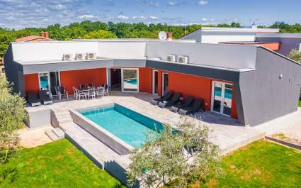 Villa dal design moderno LM Krnica