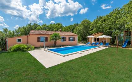 Holiday house Fragola with private pool