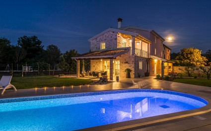 Luxury Villa Lemaliante with Pool, Sauna and Whirlpool