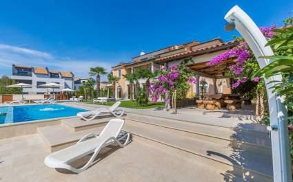 Ferienwohnung Fiorido Yellow A2 in Villa Vizula