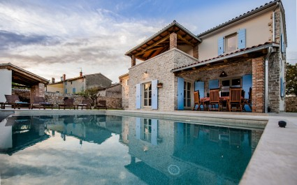 Exclusive Villa Tomani with Private Pool