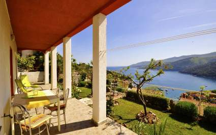 Apartment with terrace and sea view Paliska A3 Rabac