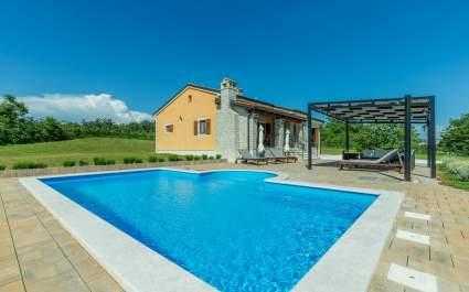 Vila Elida s bazenom na osami - Središnja Istra