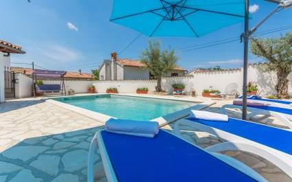 Casa Piero with Private Pool near Porec