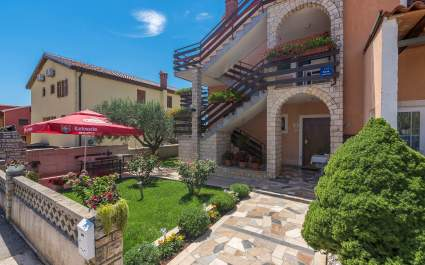 Apartment Nerina Studio A1- Novigrad