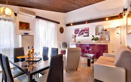 Apartments Ana Valbandon- Two bedrooms 4