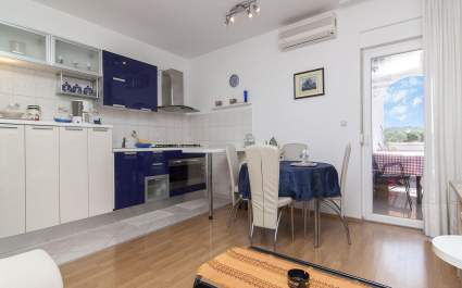 Apartments Ana Valbandon/ Two bedrooms Lavanda