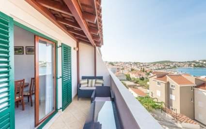 Apartment Ivana-Mira A8 - Okrug Gornji