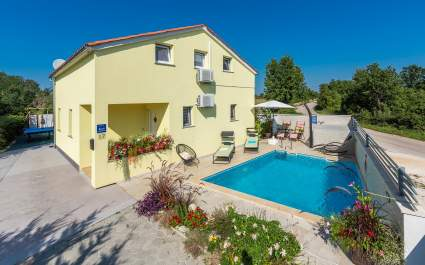 Holiday House Marija with private pool