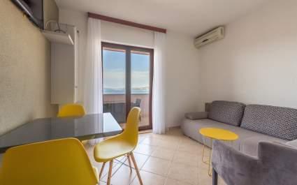 Apartment Ivana-Mira A5 - Okrug Gornji