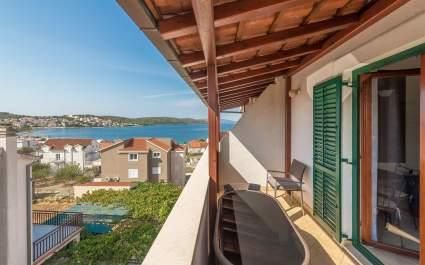 Apartment Ivana-Mira A6 - Okrug Gornji
