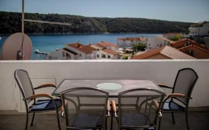 Apartmani Korina / Apartman A3 s balkonom i pogledom na more - Otok Rab