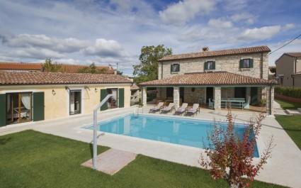 Charming Villa Luce Ribari in Istria Countryside