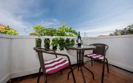 Jednosobni apartman s balkonom Debelić A2 - otok Rab