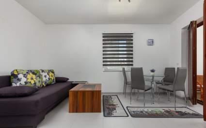 Studio apartman Smaila A2 s terasom