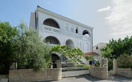 Villa Udovicic / One Bedroom Attic Apartment ROSE - Pjescana Uvala