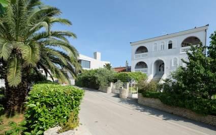 Villa Udovicic / Two Bedroom Family Apartment LILA - Pjescana Uvala