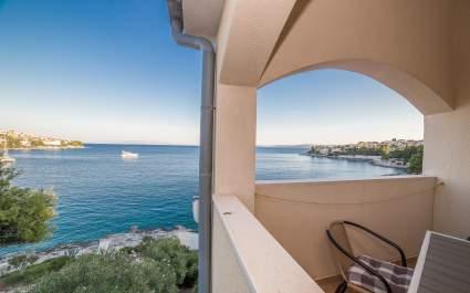 Appartamento A2 con balcone a Villa Majana - Isola di Ciovo