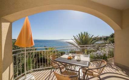 Appartamento A4 con terrazzo a Villa Majana - Isola di Ciovo