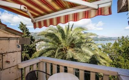 Dvokrevetni apartman Jimmy 3  / Pogled more - otok Korčula