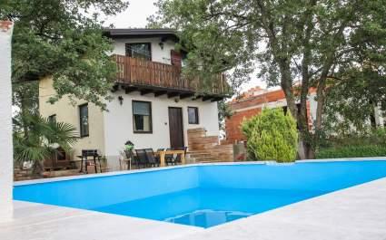 Casa Ajla with s privatnim bazenom - Tar