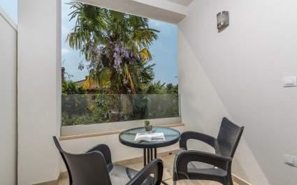 Villa Ladavac / Doppelzimmer mit Balkon S3